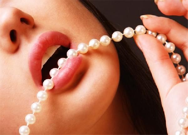 Des dents belles comme des perles, bien alignées pour un sourrire harmonieux